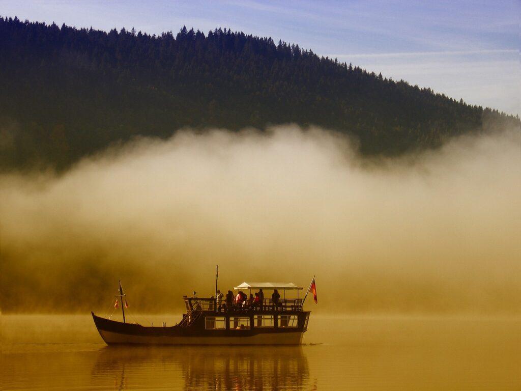 שיט באגם טיטיזי