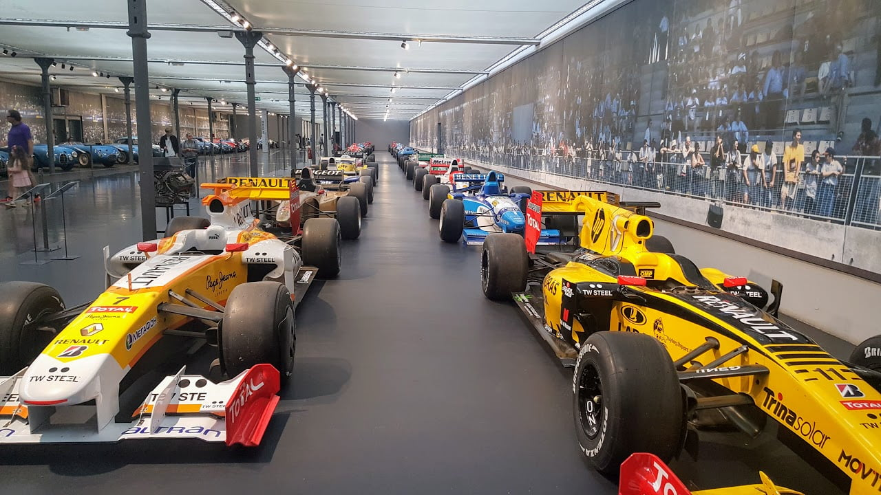 מוזיאון הרכבים במילהאוס